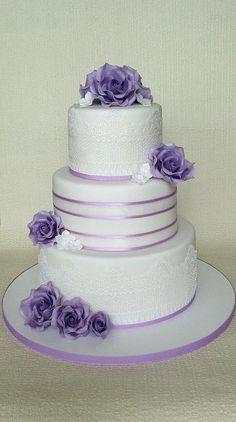 wedding cake by jitapa - http://cakesdecor.com/cakes/304810-wedding-cake
