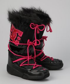Black & Crazy Pink Chalet Boot DC