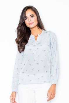 Women's shirt with long sleeves in shades of blue