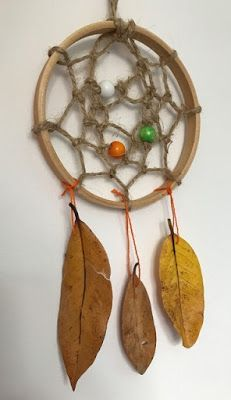 Dream catcher with natural materials
