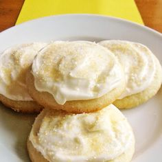Lemon Sugar Cookies with Lemon Cream Cheese Frosting - - These buttery, lemon-scented cookies are crispy on the edges and tender in the middle. Smothered with a tangy lemon-cream cheese frosting, they are an all-time favorite! Köstliche Desserts, Lemon Desserts, Lemon Recipes, Sweet Recipes, Baking Recipes, Cookie Recipes, Delicious Desserts, Dessert Recipes, Yummy Food
