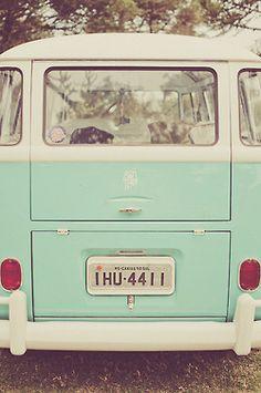 mint vintage by Color Menta, Mint Color, Green Colors, Soft Colors, Verde Vintage, Vw Vintage, Vintage Vibes, Wallpapers Verdes, Wallpaper Tumblrs