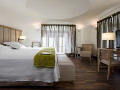 NH Palacio de Tepa: http://www.nh-hotels.com/nh/en/hotels/spain/madrid/nh-palacio-de-tepa.html?soc=10689&nhagentid=12050&nhsubagentid=120506320689