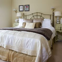One Day At A Time: Master Bedroom Inspiration