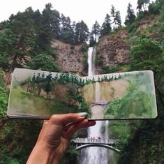 teacher Hannah Jesus Koh paints landscapes using water found at her destinations. Pictured: Multnomah Falls, Oregon, which is just twenty minutes up river from where I live. Watercolor Journal, Watercolor Art, Watercolor Paintings Tumblr, Art Paintings, Art Et Design, Arte Sketchbook, Travel Sketchbook, Watercolor Landscape, American Art
