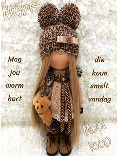 Diy Rag Dolls, Sewing Dolls, Baby Doll Nursery, Baby Dolls, Pretty Dolls, Beautiful Dolls, Crochet Doll Pattern, Waldorf Dolls, Knitted Dolls