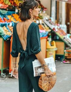 The backless jumpsuit: the ideal summer urban outfit! (photo Victoria G) - Street Style Outfits Best Street Style, Looks Street Style, Street Style Trends, Looks Style, Style Me, Street Style 2018, Fashion 2018, Fashion Week, Look Fashion