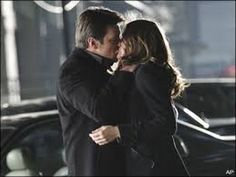 Bones~Booth and Brennan~All kisses - YouTube