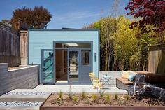 Bach Architecture have recently completed the conversion of a freestanding carriage house/garage into a small backyard studio for a home in San Francisco, California.