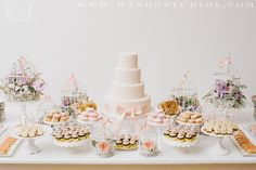 Just when we thought a dessert display couldn't get any sweeter, we came across this birdcage display.