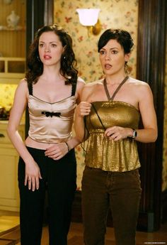 Nanette Lepore Bow Tie Top and Charmed Photograph Paige Charmed, Serie Charmed, Charmed Tv Show, Charmed Sisters, Fashion Tv, 2000s Fashion, Star Fashion, Holly Marie Combs, Rose Mcgowan