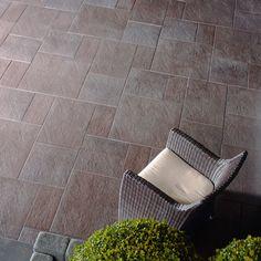 maggia granit naturstein poolumrandung terrasse einfassungen pool metten palisaden. Black Bedroom Furniture Sets. Home Design Ideas