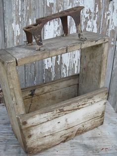 Vintage Wood Bixby Shoe Shine Box In Old Chippy White Paint Paint