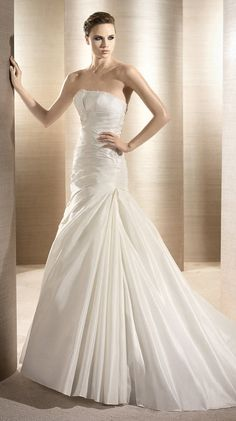 ORFEO / Bridal Gowns / 2012 Collection / Avenue Diagonal