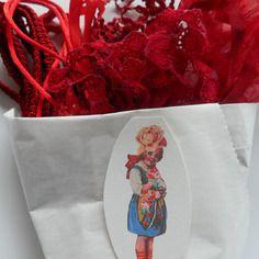 Petit cornet Surprise-rouge Bazar de Roulottes A Little Mercerie