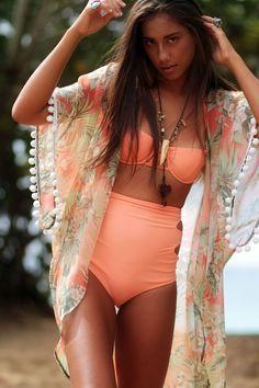 Los #KIMONOS también los puedes usar con tus bikinis. ¡Se ven increíbles! #summer