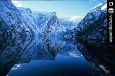 Welcome December!  #Repost @vangsgaarden  Soon  #vangsgaarden #gjestgiveri #aurland #flam #flaam #flåm #sognefjord #fjordnorway #flåmsbana #flamrailway #stegastein #visitsognefjord #visitnorway #europe #travel #world #worldheritage #sognefjorden #fjord #norge #worlderlust #visitflam #nrksf #norwayinanutshell #visitflåm #fjordnorway #norway #fjord  #fjords#travelgram