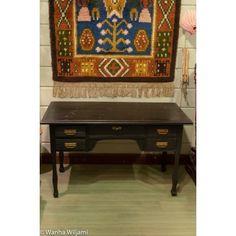 Musta 5-laatikkoinen kirjoituspöytä 1900-luvun alusta. Decor, Rugs, Home Decor