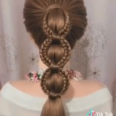 Pin by Maike Roggmann on mögliche Frisuren [Video] in 2020 Easy Hairstyle Video, Long Hair Video, Easy Hairstyles For Long Hair, Braids For Long Hair, Messy Hairstyle, Hairstyle Wedding, Braided Hairstyles Tutorials, Diy Hairstyles, Latest Hairstyles