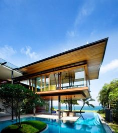 """The Fish Home By: Guz Architects Location: Singapore . The Fish House is said to be a """"modern tropical bungalow"""" that is perfectly integrated in its climate and environment, as its architecture ! Tag your friends below! Home Design, Modern House Design, Design Ideas, Design Room, Design Art, Spa Design, Creative Design, Garden Design, Architecture Résidentielle"""