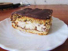Moje Wypieki   Jesienne ciasto z orzechami, powidłami i bezą