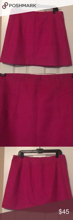 "Theory fuchsia wool skirt Sz 12 Perfect condition... theory... lined... Sz 12...100% wool... fuchsia... beautiful color...17"" waist laying flat...17"" waist...staple piece...must have! Theory Skirts A-Line or Full"