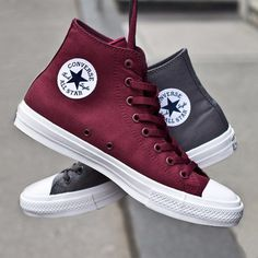 Trendy Ideas For Womens Sneakers : Converse Chuck Taylor II I need a pair of these in every color available Converse All Star, Mode Converse, Outfits With Converse, Converse Sneakers, Galaxy Converse, Maroon Converse, Chuck Taylors, Cute Shoes, Me Too Shoes