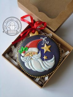 Santa moon and Christmas star decorated cookie ornament ~ cookie art! Christmas Cookie Icing, Christmas Biscuits, Christmas Sweets, Noel Christmas, Christmas Goodies, Christmas Baking, Christmas Parties, Christmas Gingerbread, Moon Cookies