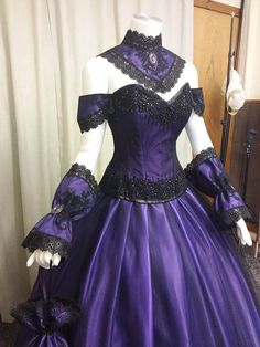 Steampunk dress Gothic wedding dress victorian gown purple.    Fabulous for Halloween ball or Venice ball or just because it's beautiful.