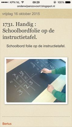 Schoolbordfolie (of whiteboardfolie) op de instructietafel:
