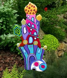 """TurmKunst""   Gartenstecker  ""Hundertwasserturm"" von KIMAMA-design Andrea Abraham auf DaWanda.com"