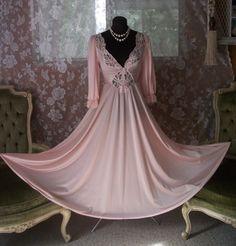 Vintage Pink Olga Nightgown ~ Olga 3/4 sleeve Pink Princess Nightgown
