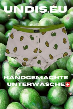 UNDIS www.undis.eu die bunten, lustigen und witzigen Boxershorts & Unterhosen für Männer, Frauen und Kinder. Handgemachte Unterwäsche - ein tolles Geschenk! #geschenkideenfürkinder #geschenkefürkinder #geschenkset #geschenkideenfürfrauen #geschenkefürmänner #geschenkbox #geschenkideen #geschenkidee #shopping #familie #diy #gift #children #sewing #handmade #männerboxershorts #damenunterwäsche #schweiz #österreich #undis Bunt, Lunch Box, Underwear, Funny Underwear, Gift Ideas For Women, Men's Boxer Briefs, Gifts For Children, Bento Box, Lingerie