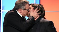 Christian Bale could not stop kissing men at Critics Choice Awards (VIDEO)