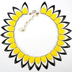 Trifari Black White and Yellow Sunburst Pattern Choker Necklace