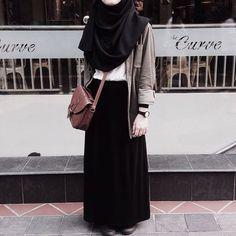 Long Skirt Fashion, Modest Fashion Hijab, Modern Hijab Fashion, Modesty Fashion, Casual Hijab Outfit, Hijab Fashion Inspiration, Hijab Chic, Muslim Fashion, Fashion Outfits