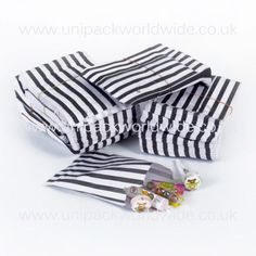 100 Black Candy Stripe Sweet Paper Bags - 5'' x 7''