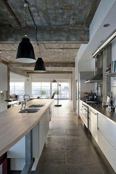 Modern Kitchen-Concrete Ceiling