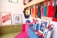 New vintage posters in our store :)! #1970s #pacifictotecompany #1970sinteriors #1970sdesign #1970svintage #vintage #madeintheusa #madeincalifornia #echopark #silverlake #losfeliz #losangeles