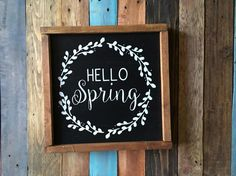 Spring Wood Sign Hello Spring Wreath Wood Sign Spring Decor Wood Signs Sayings, Wooden Signs, Spring Projects, Spring Crafts, 3d Wandplatten, Rustic Farmhouse Decor, Farmhouse Signs, Spring Sign, Craft Night