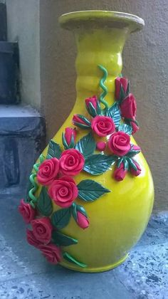 Prodigious Cool Tips: Vases Crafts Polymer Clay galvanized wall vases.Round Vases With Flowers black vases decoration.Round Vases With Flowers. Bottle Painting, Bottle Art, Bottle Crafts, Clay Wall Art, Clay Art, Vase Crafts, Clay Crafts, Pottery Painting, Pottery Art