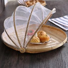 Bamboo Trays With Cover Wicker Handwoven Serving Baskets wit Cool Kitchen Gadgets, Kitchen Items, Kitchen Utensils, Cool Kitchens, Kitchen Decor, Basket Weaving, Hand Weaving, Bamboo Crafts, Deco Originale