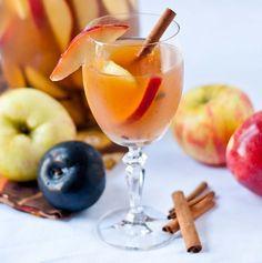 Bourbon-based Sangria. http://drinksfeed.com/bourbon-based-sangria/ #foodporn