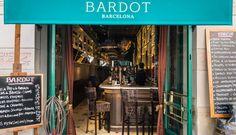 Bardot Bar, Enric Granados, Barcelona. Buena selección de vinos y platillos elaborados.
