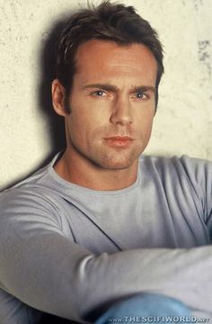 Daniel Jackson!!! Oh uhm I mean Michael Shanks. *blushes* ROFL Love him!