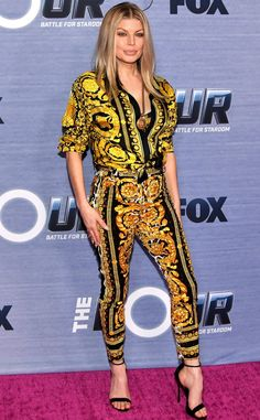 7b8994f52467 Fergie in a Versace patterned top and pants Versace Pattern, Night Looks,  Celebrity Red