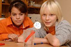 Experimente mit Wasser: Das Seeungeheuer