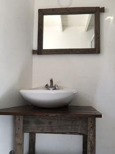 Banitory y espejo en madera reciclada Decor, Double Vanity, Vanity, Home Decor, Bathroom Vanity, Bathroom, Sink