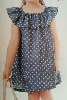 Airy dress for the girl. Cotton Frocks For Kids, Frocks For Girls, Little Girl Outfits, Little Girl Fashion, Little Dresses, Baby Outfits, Little Girl Dresses, Kids Outfits, Kids Fashion