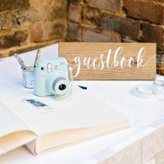 DIY wedding photo booth guest book #Gardenwedding